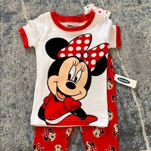 NEW Old Navy Minnie Mouse PJ set